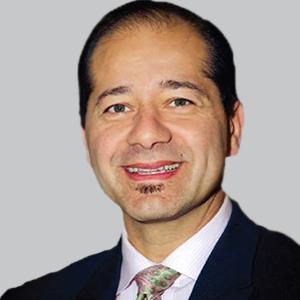 Dr Gus Alva
