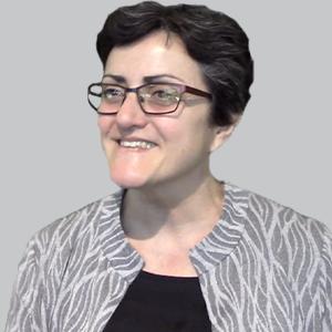 Dr Laura T Safar