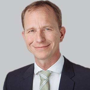 Dr Walter Maetzler