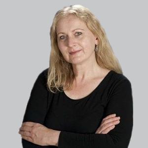 Dr Yvonne Naegelin